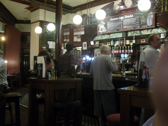 stanhope arms bar