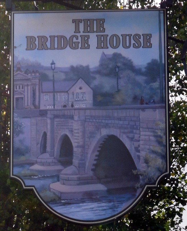 bridge house st neots sign