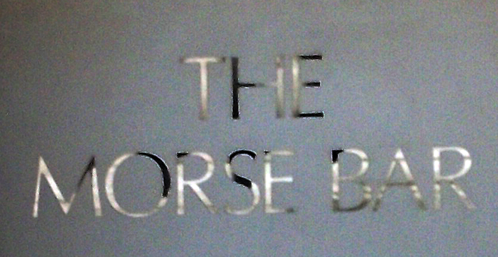 https://1pumplane.files.wordpress.com/2012/08/randolph-hotel-oxford-morse-bar-sign.jpg?w=1000&h=517
