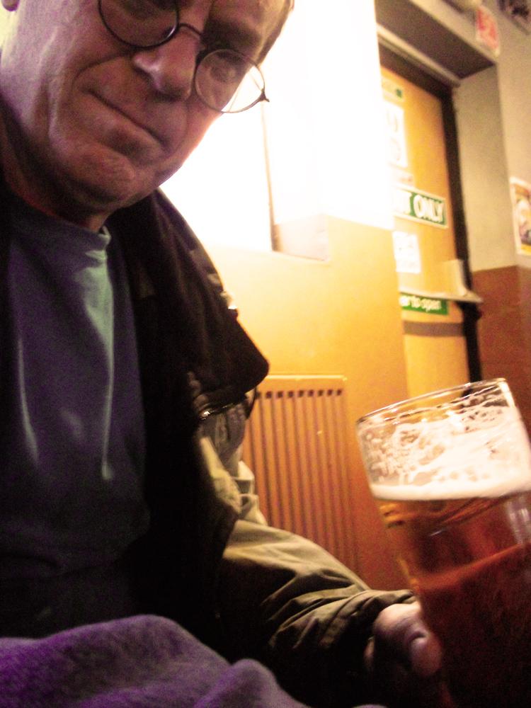 139 sunny's pool bar swindon