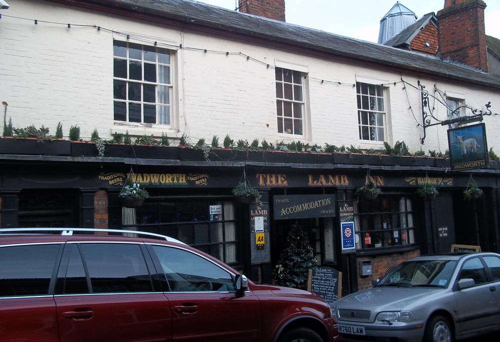 The lamb inn marlborough wiltshire the endless british for Fish restaurant marlborough ma