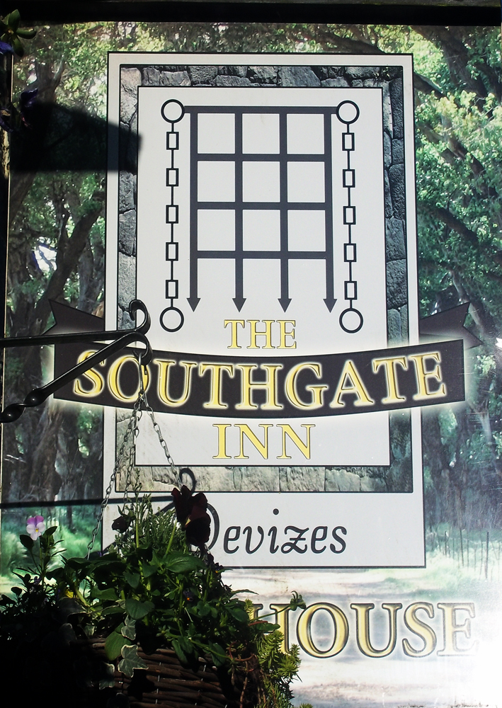 southgate devizes sign