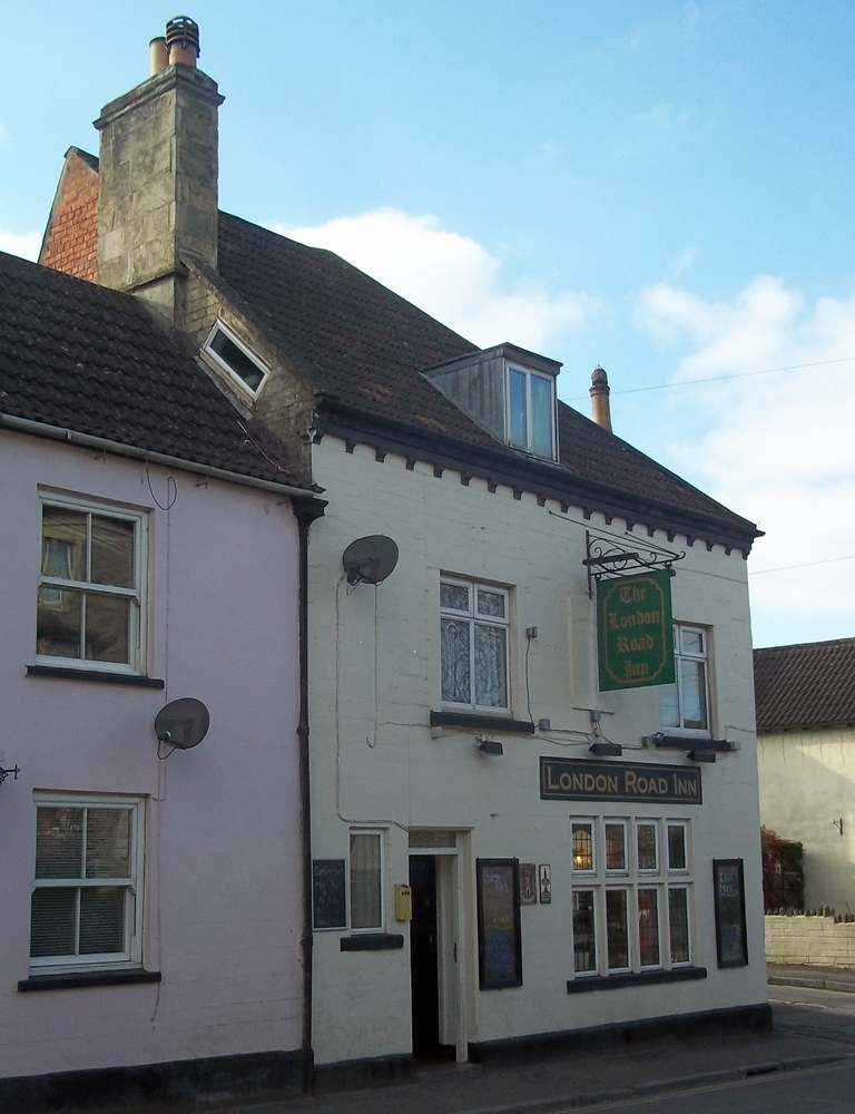 london road inn calne