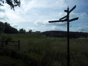 2013-06-29 M4 crossing