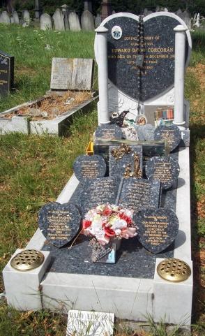 kensal green 51 busy grave