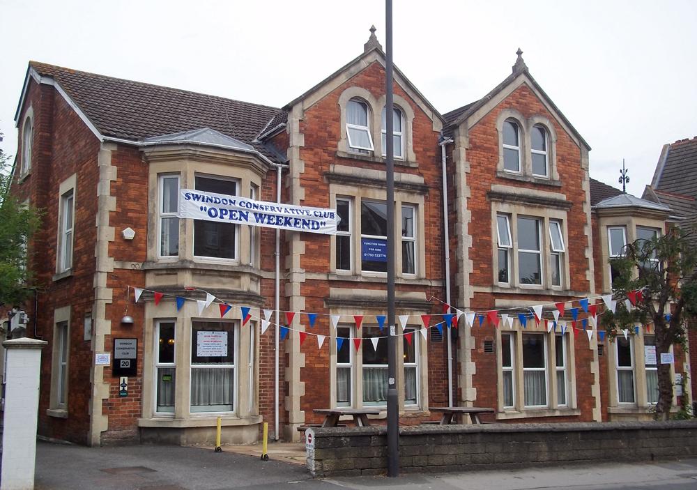 swindon conservative club