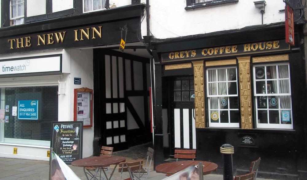 new inn gloucester street entrance