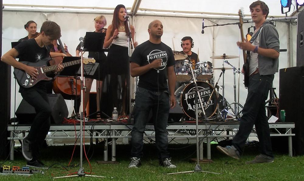 swindon pride 2013 josephine and the artisanj 1