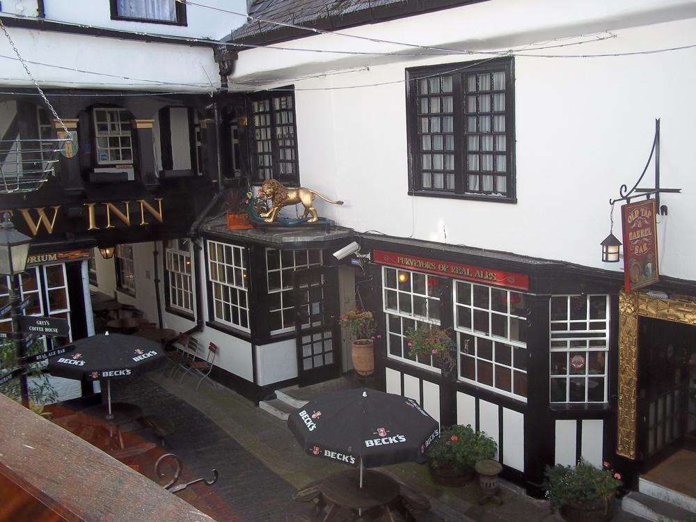 new inn gloucester square