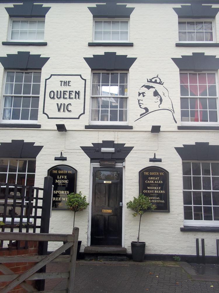 queen victoria stroud