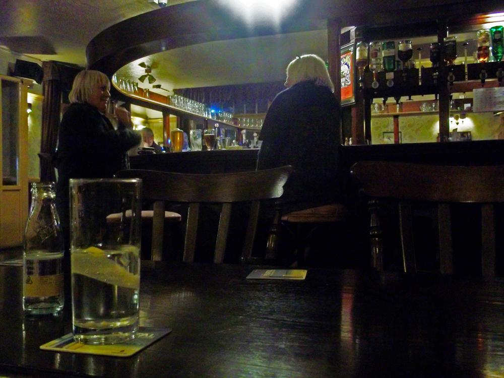 westport inn london bar
