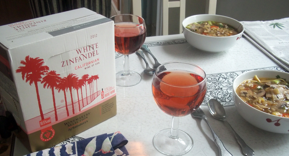 Sainsbury select White Zinfandel box