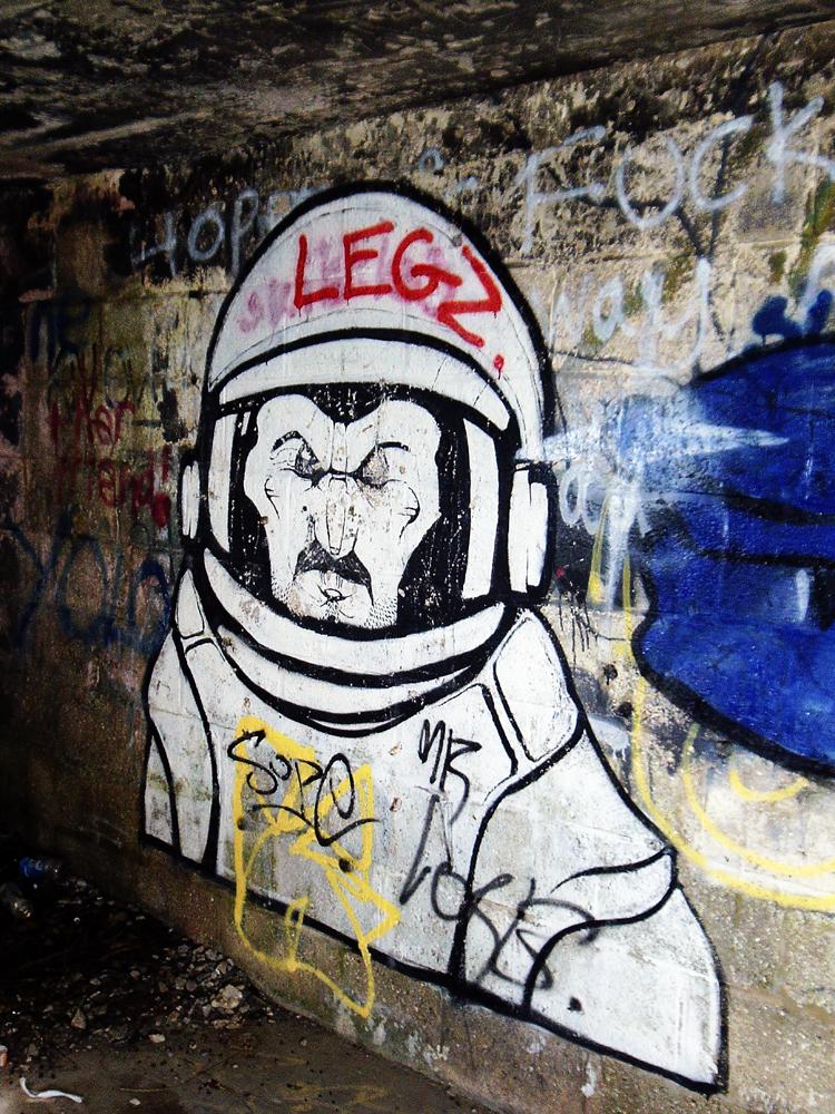2014-08-18 Portland 13 bunker graffito