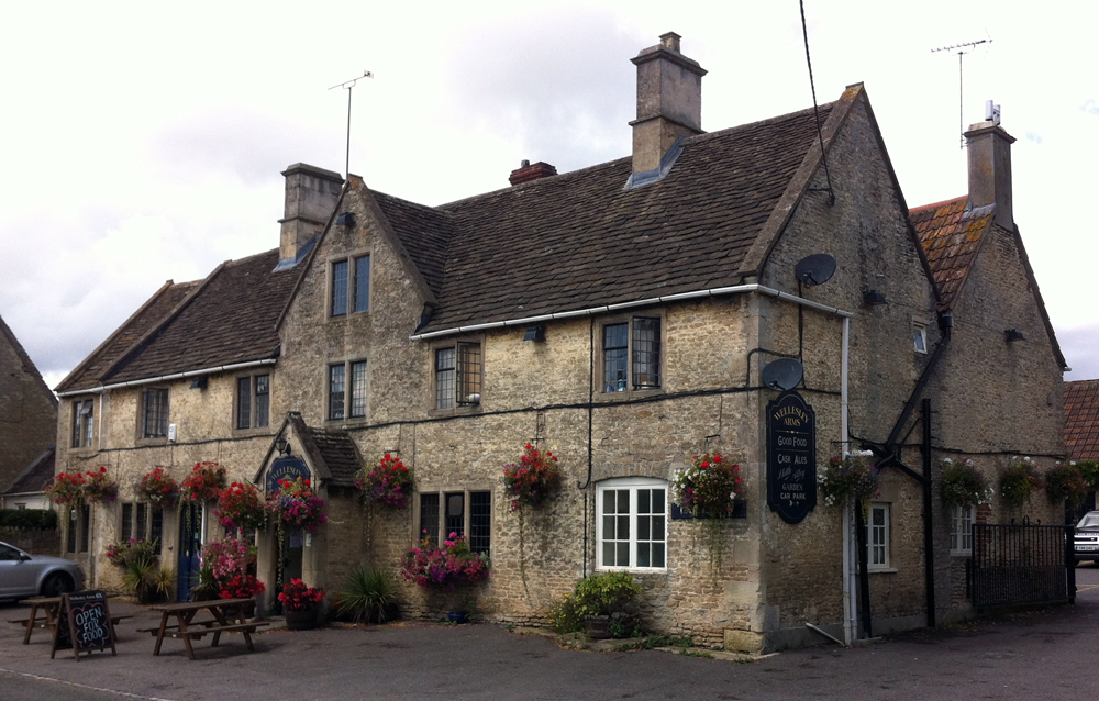 Wellesley Arms Sutton Benger