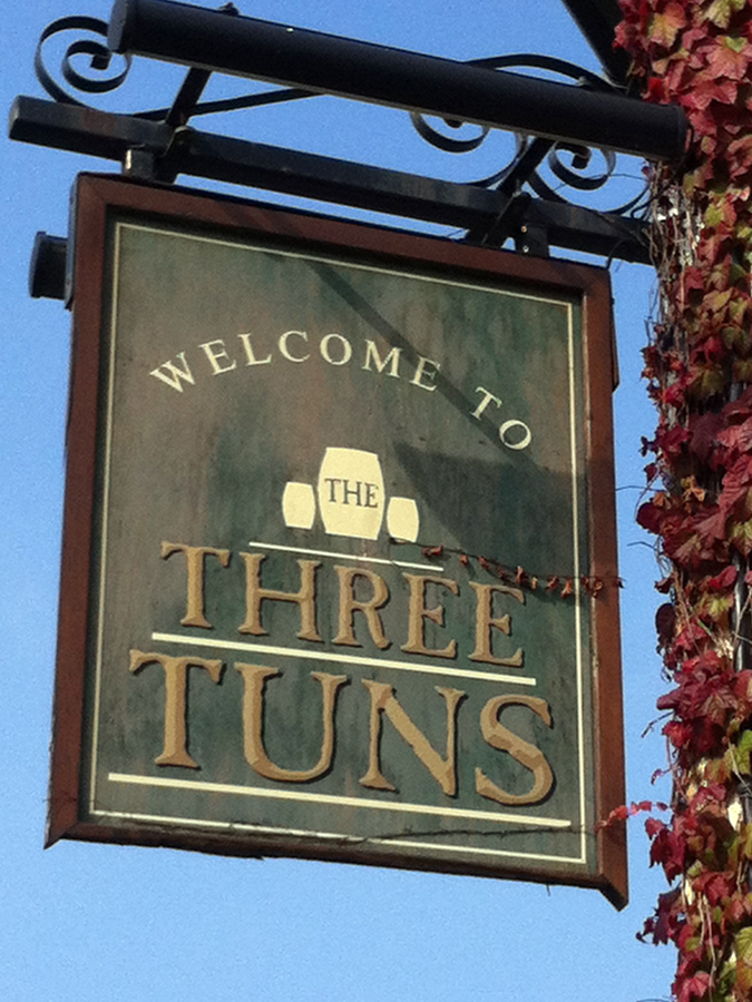 Three Tuns Great Bedwyn sign