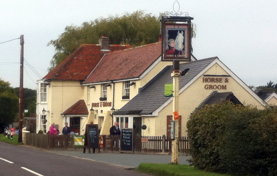 Horse and Groom Ningwood