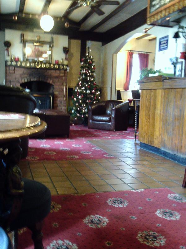 Alma Tavern Worcester lounge